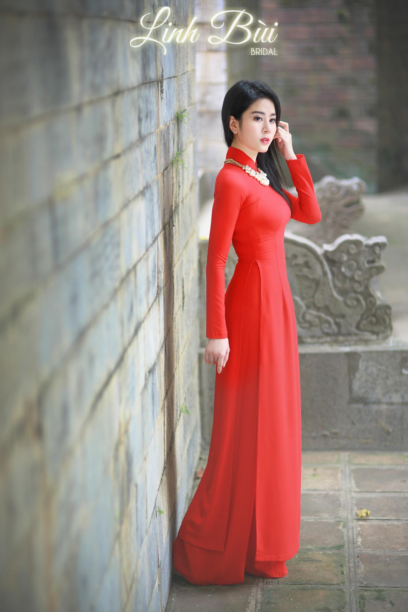 Mẫu áo dài cao cấp tại Linh Bùi