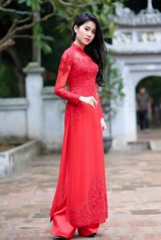Áo dài cưới hoa ren đỏ dài tay