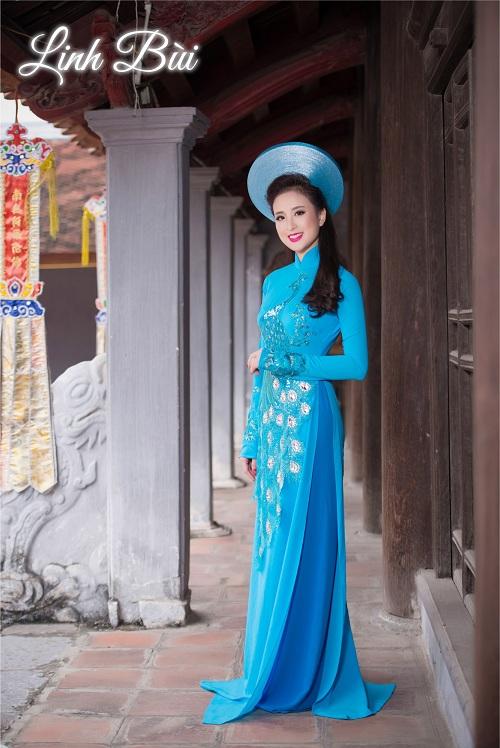 Cô dâu thêm nữ tính, dịu dàng trong tà áo dài màu xanh tươi mát, nhẹ nhàng