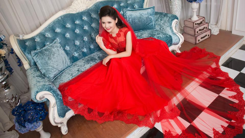 Mách các cô dâu mập chọn áo dài cưới chuẩn dáng