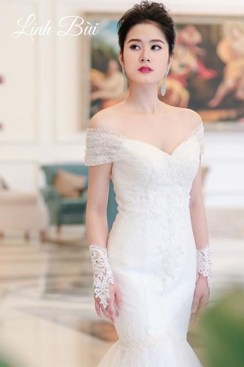 Váy cưới đuôi cá cổ điển luôn hài lòng những nàng dâu