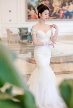 Váy cưới cao cấp đuôi cá trễ vai sang trọng quyến rũ