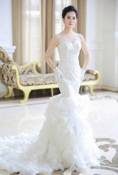 Váy cưới hoàng gia