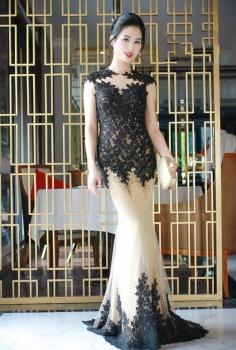 Đầm dạ hội đính đá đẳng cấp