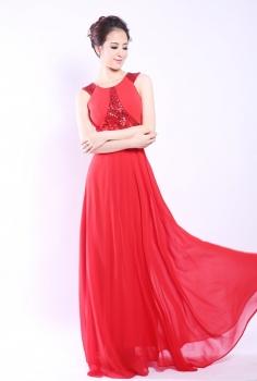 Đầm dạ hội đỏ kết kim sa lấp lánh sang trọng