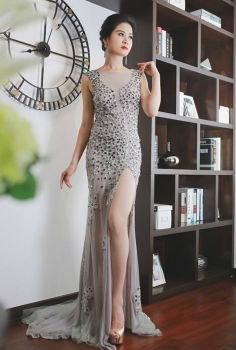 Đầm dạ hội màu ghi đính đá cao cấp