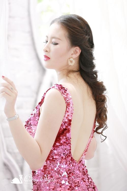 Đầm dạ hội lưng khoét sâu gợi cảm sexy quyến rũ