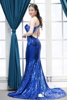 Đầm dạ hội sequin xanh coban nổi bật