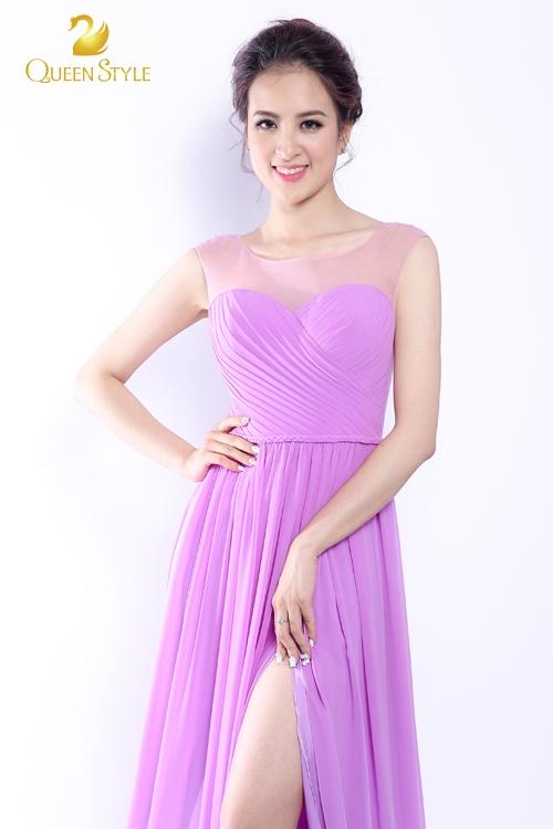 Đầm dạ hội với những đường xếp ly được đan chéo trên ngực