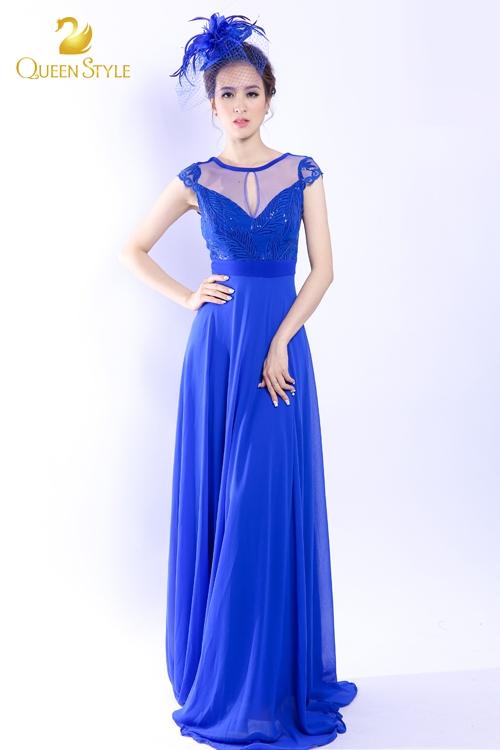 Đầm ngắn tay dáng suông cổ điển phù hợp với nhiều vóc dáng quý cô