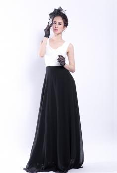 Đầm liền đen trắng xếp ly đan chéo gợi cảm