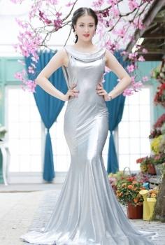 Đầm dạ hội đuôi cá bạc
