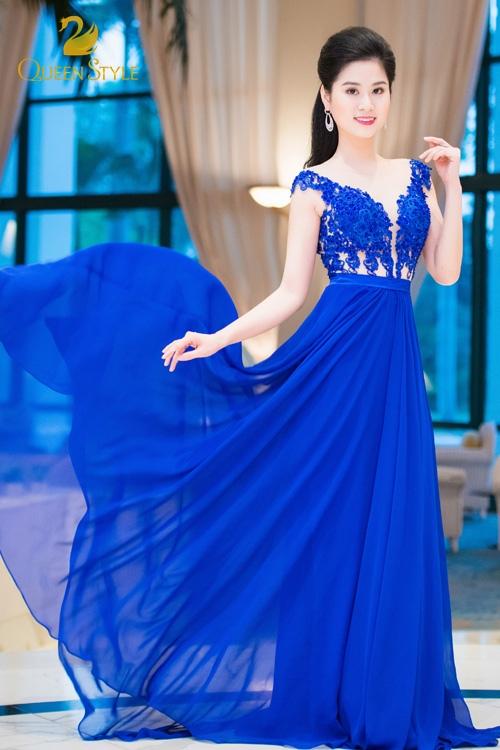 Đầm dạ hội dáng suông cho quý cô thêm phần duyên dáng, điệu đà