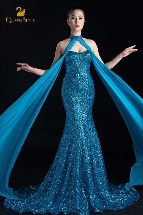 Đầm dạ hội dáng đuôi cá cổ điển ôm sát người mặc đầy gợi cảm