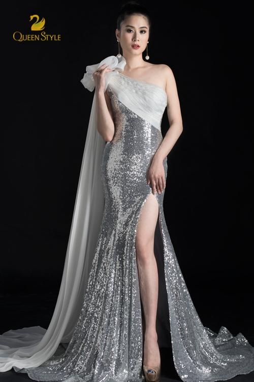 Đầm dạ hội cao cấp xẻ tà xòe rộng cho người mặc thêm phần thướt tha, duyên dáng