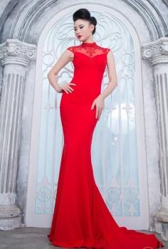 Đầm đỏ tôn dáng và quyến rũ