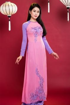 Áo dài truyền thống phối màu tím hồng hoa văn nghệ thuật