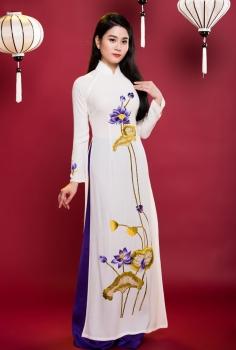 Áo dài truyền thống màu trắng sen tím tán lá vàng