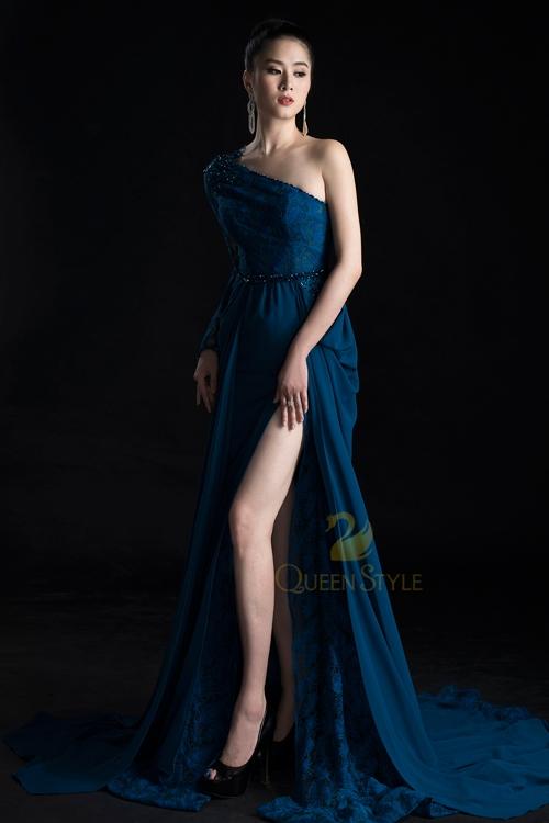 Đầm dạ hội họa tiết đơn giản thanh lịch nhưng không kém phần quyến rũ