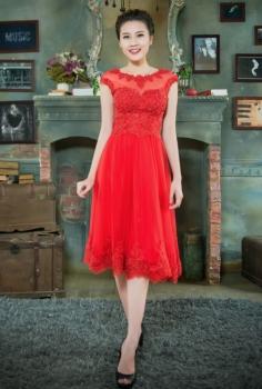 Đầm dạ hội đỏ dáng ngắn kết ren đính cườm