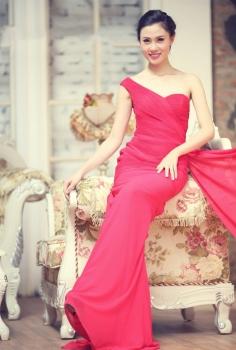 Đầm dạ hội hồng phớt bèo nhún cách điệu