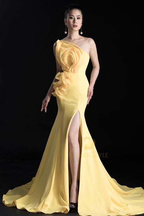 Đầm dạ  hội vàng tôn da tôn dáng cho quý cô