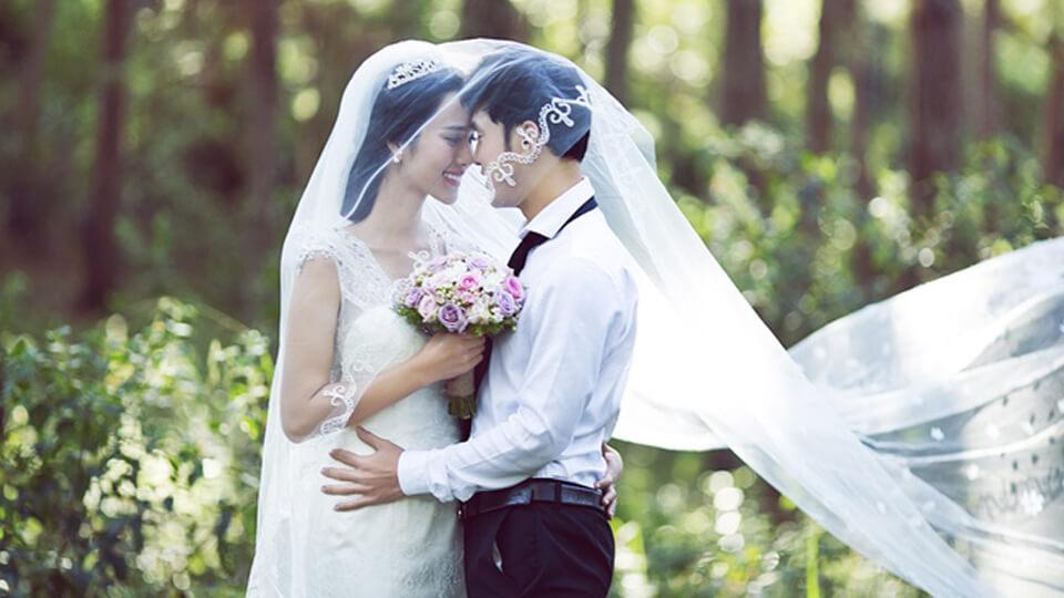 Chọn váy cưới ưng ý hơn với 5 mẹo hay cho cô dâu