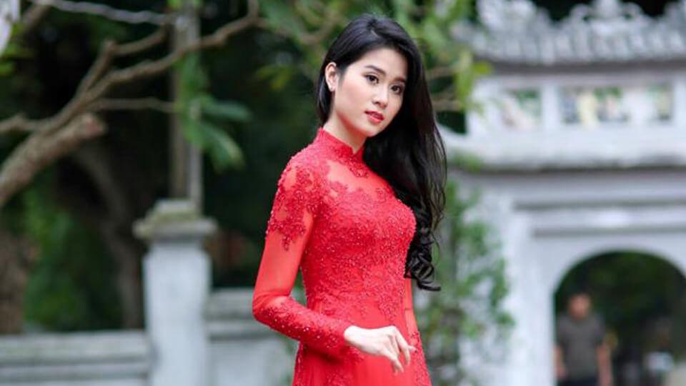 Chọn áo dài cưới cho cô dâu có bầu xinh tươi rạng ngời