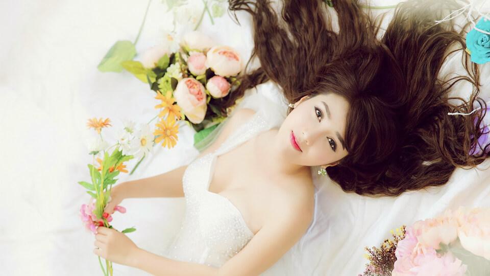 Tự trang điểm cưới và những bí quyết dành riêng cho cô dâu