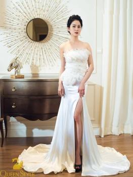 Đầm dạ hộ màu trắng cúp ngực xẻ đùi quyến rũ, thiết kế ấn tượng