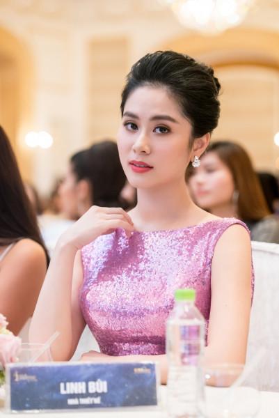 Với những cảm hứng sáng tạo đó, các trang phục dạ hội lộng lẫy và cầu kỳ của Linh Bùi được nhiều nghệ sĩ, MC tin tưởng lựa chọn. Cô cũng liên tục đồng hành cùng các cuộc thi lớn như Hoa hậu Việt Nam, cộng tác với các chương trình uy tín trong và ngoài nước như Thúy Nga Paris By Night, Miss Teen Vietnam 2017...