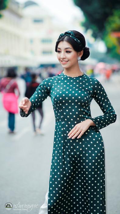 Lê Thanh Tú hóa quý cô Sài thành  sắc sảo và quyến rũ - ảnh 1