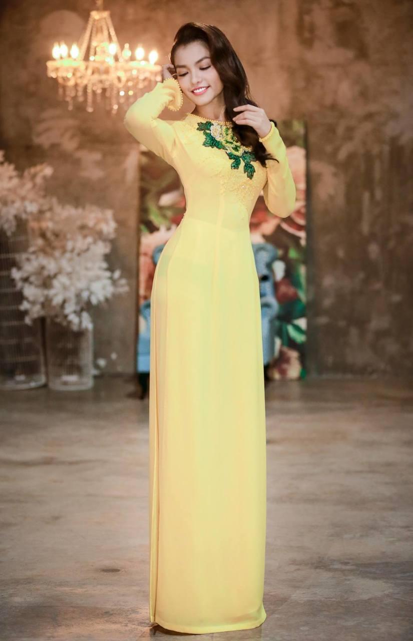 Nàng Hơn Hồng Kim Hạnh diện áo dài khoe vẻ đẹp ngọt ngào 6