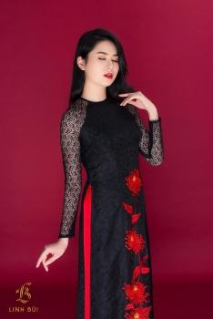 Áo dài đen tay ren thêu hoạ tiết cúc đỏ